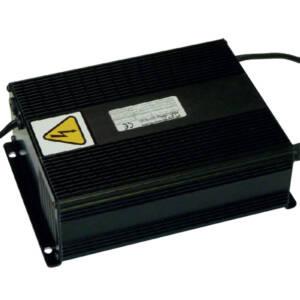 Robot master - Cargador de baterías HF (alta frecuencia) wide-range para tensiones de 110v a 240V