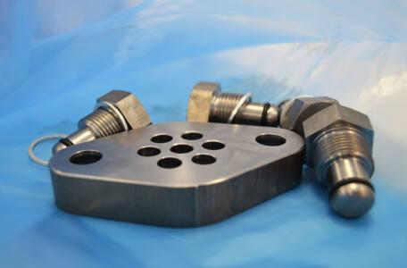 Tipos de embalajes corrosivos. Información de los productos que protegen las piezas metálicas a largo plazo y eliminan la necesidad de aplicar grasas y aceites protectores.